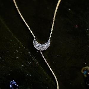 Diamond Crescent Lariat