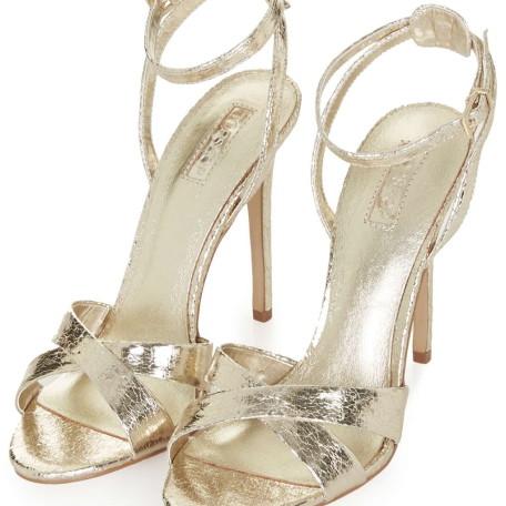 RUMOUR Cross-Strap Sandals