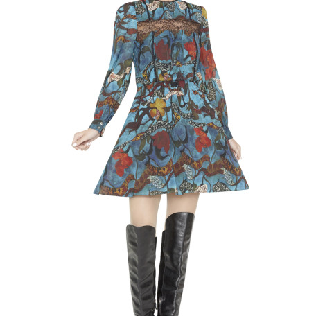 alice_and_olivia_AIMEEPINTUCKLACEINSERTDRESS_RIBBON_FLORAL_888819194437_PRODUCT_01–1592009014
